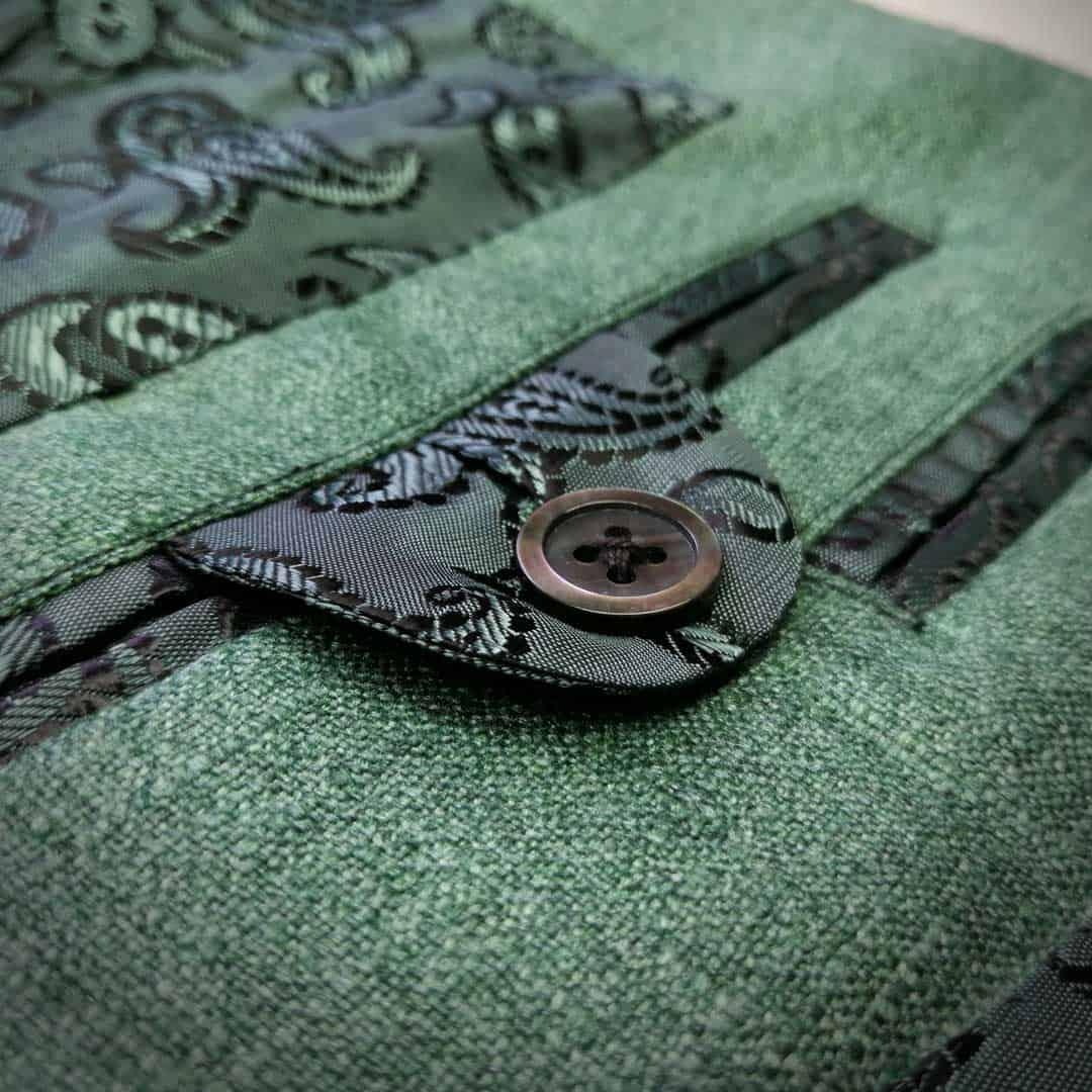 Saka z hedvábí - náprsní kapsička