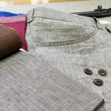 Lněné kalhoty: vykročte do léta