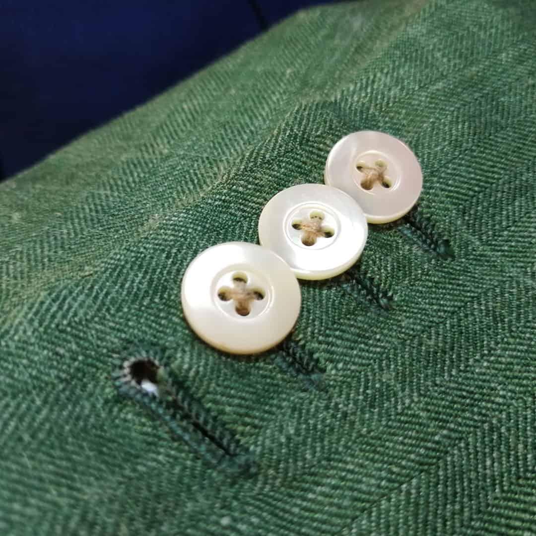 Knoflíčky zdobené přírodní perletí
