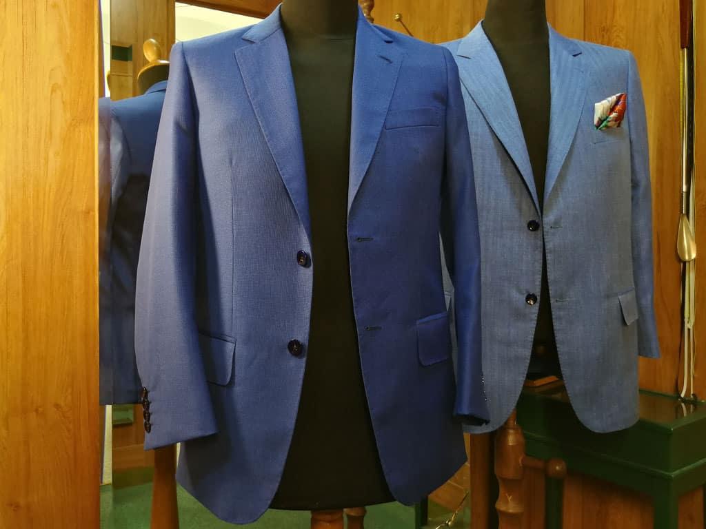Modré sako pro otce a syna